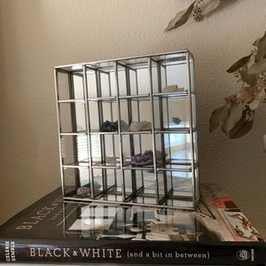 GLASS AND MIRROR MAKEUP ORGANIZER AND DISPLAY CASE